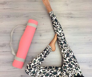 yoga, workout, and fitspo image
