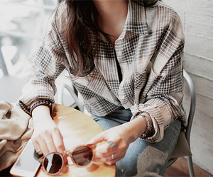 fashion, girl, and flannel image