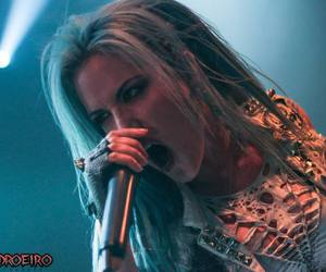 blue hair, alissa white gluz, and metal singer image