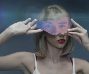 taylor, wow, and style video image