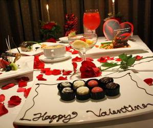 valentine and food image