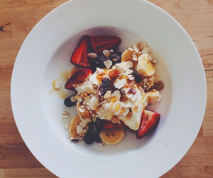 cereals, cream, and FRUiTS image