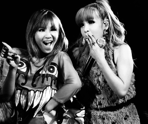 park bom, lee chaerin, and bommie image