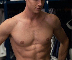 robbie amell, the duff, and wearing shorts image