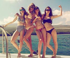 Taylor Swift, friends, and summer image