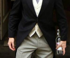 wedding, cute, and tom hiddleston image