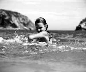 girl, black and white, and sea image