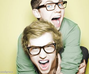 cameron mitchell, glee, and damian mcginty image
