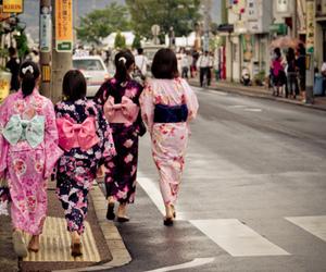 japan, kimono, and yukata image