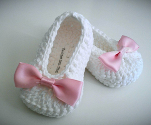 baby girl, crochet, and pink bow image