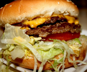 cheese, cheeseburger, and lettuce image