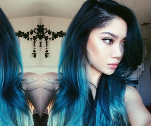 blue hair, nose ring, and pale image