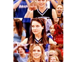 brooke, one tree hill, and smile image