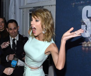 Taylor Swift and snl image