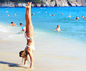 acrobatic, summer, and ebbalilliestrom image