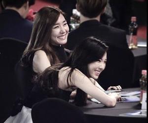 girls generation, jessica jung, and kim taeyeon image