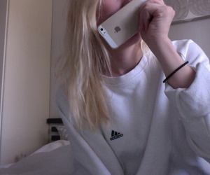 pale, girl, and iphone image