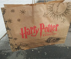 harry potter, bag, and exhibition image