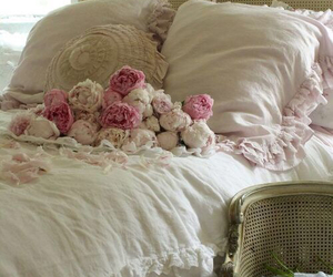 bed, home, and pink image