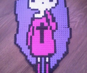 girl and perler beads image