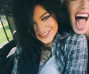 kylie jenner, smile, and friends image