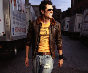 Johnny Knoxville, Hot, and jackass image