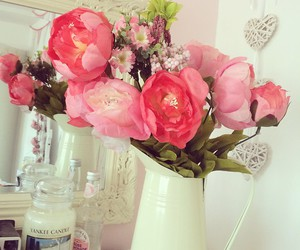 candle, room, and roses image
