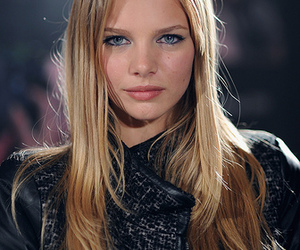 model and marloes horst image