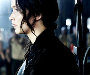 katniss everdeen, Jennifer Lawrence, and the hunger games image
