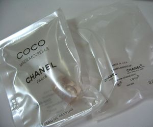 pale, chanel, and grunge image