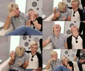 blond hair, r5, and riker lynch image