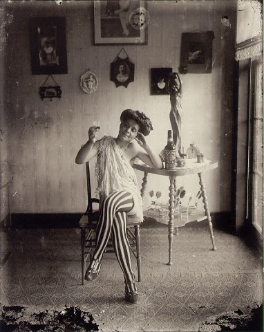 vintage, prostitute, and black and white image