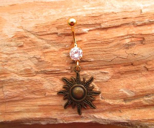 belly button ring, bellybutton, and gold image