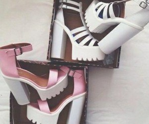 pink heels, faahion, and shoes image