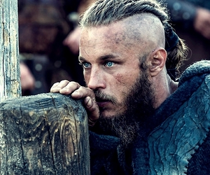 vikings, travis fimmel, and ragnar image