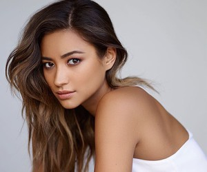 icons, pll, and shay michell image