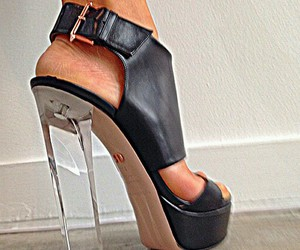 high heel and ruthie davis image