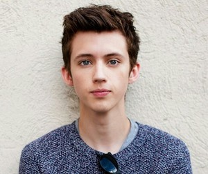 troye sivan, youtuber, and cute image