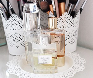 dior, perfume, and Brushes image