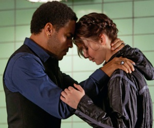 cinna, the hunger games, and katniss image