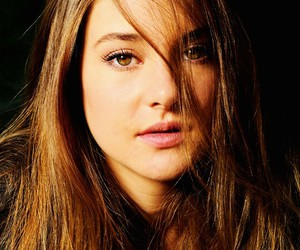 Shailene Woodley, divergent, and tris prior image