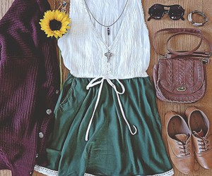 vintage look, outfit of the day, and indie outfit image