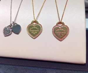 beautiful, gold, and necklaces image