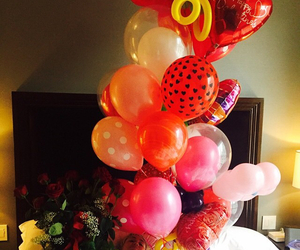 miley cyrus, balloons, and love image