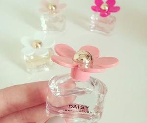 daisy, perfume, and marc jacob oh so fresh image