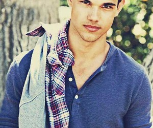 Taylor Lautner, Hot, and taylor image