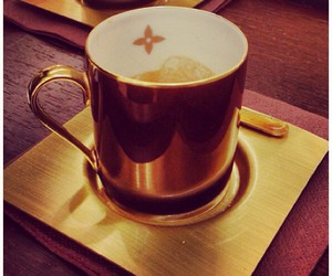 cup and gold image