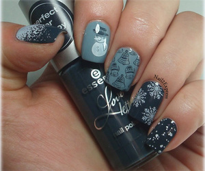 manicure, skittles, and stamping image