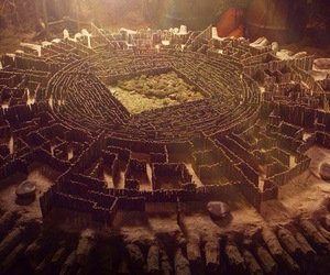 the maze runner, maze, and thomas image