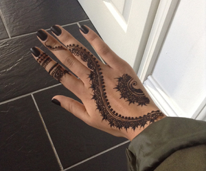 henna, ongles, and henné image
